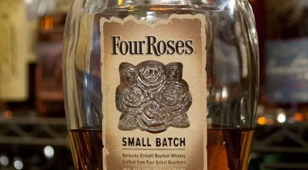Four Roses Small Batch Barrel Strength Bourbon(四玫瑰小批量原桶波本威士忌)简介