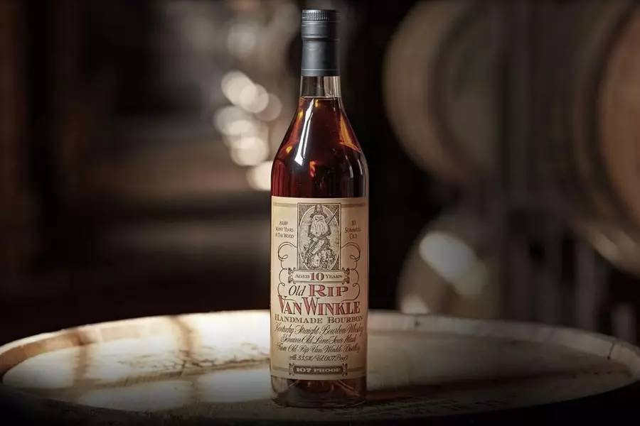 老温克尔 10 年波本威士忌(Old Rip Van Winkle 10-Year-Old Bourbon)简介