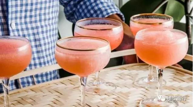 桃红酒(Frosé)简易配方及做法介绍