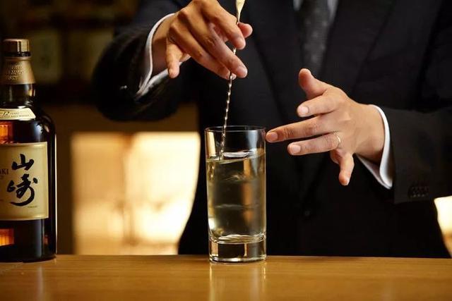 水割威士忌